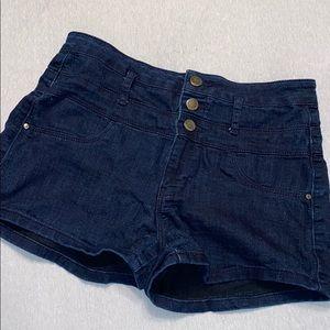 Three button high rise shorts